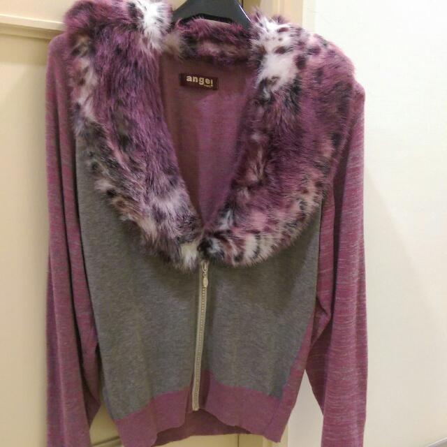 紫灰色毛質感外套