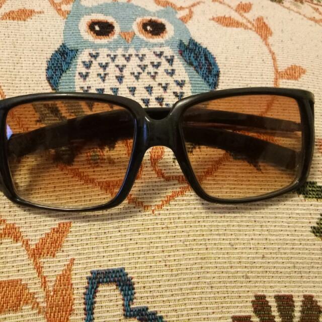 女太陽眼鏡