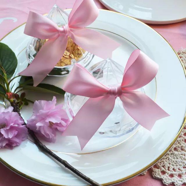 鑽石透明塑膠糖果盒 蝴蝶結緞帶🎀喜糖盒,生日禮,收納盒,姐妹禮,探房禮,二進禮,捧花禮,畢業禮物