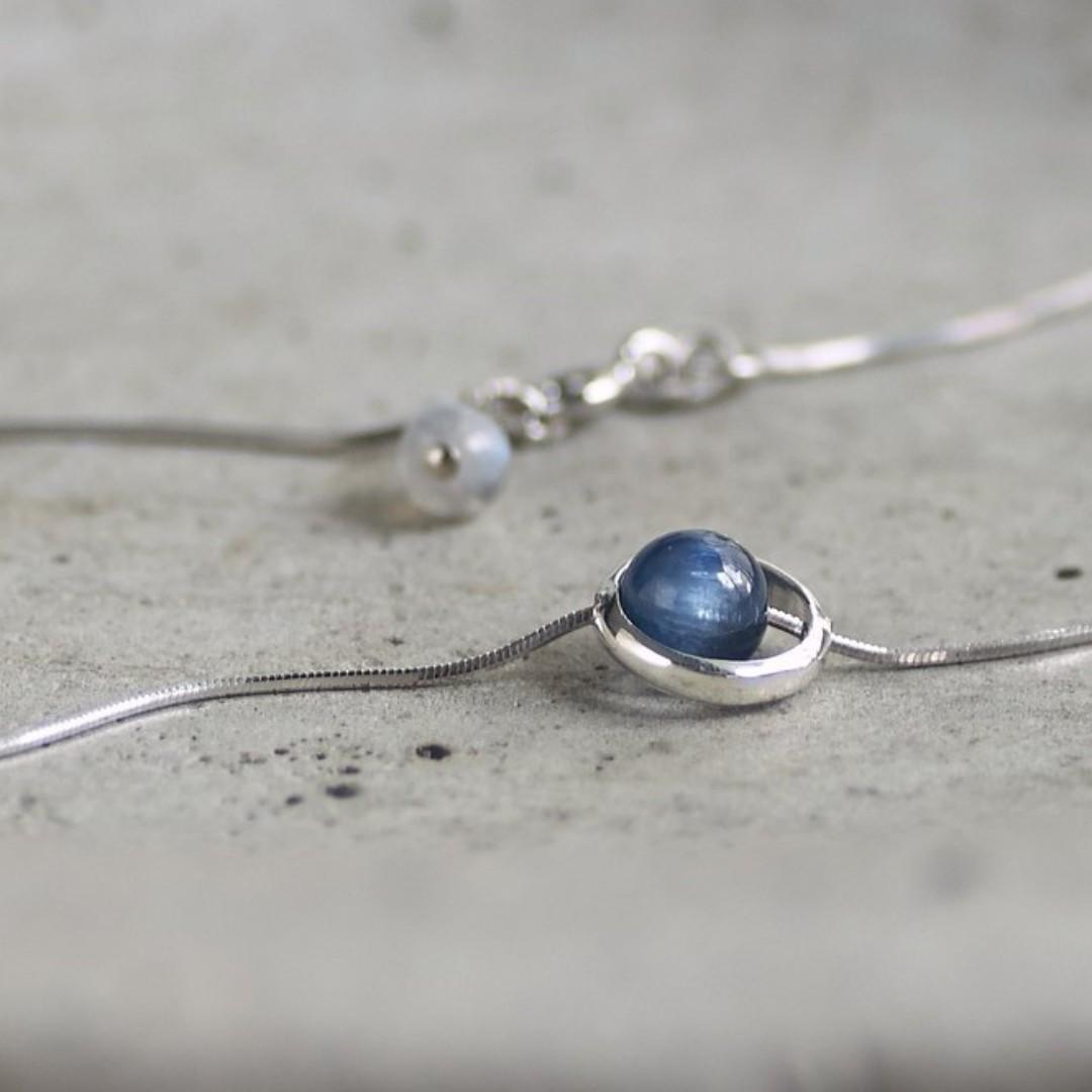 星軌「藍晶石」│極簡系 純銀鎖骨鍊 頂級5A藍晶石 清晰冷光藍輝 月光石尾鍊吊墜 天然原礦石 寧靜定心 925細銀項鍊