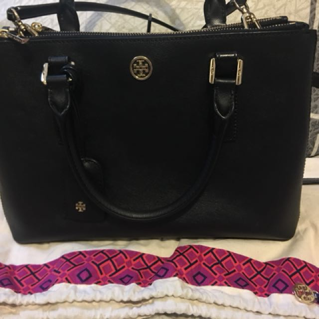 Authentic Excellent Used Condition Tory Burch