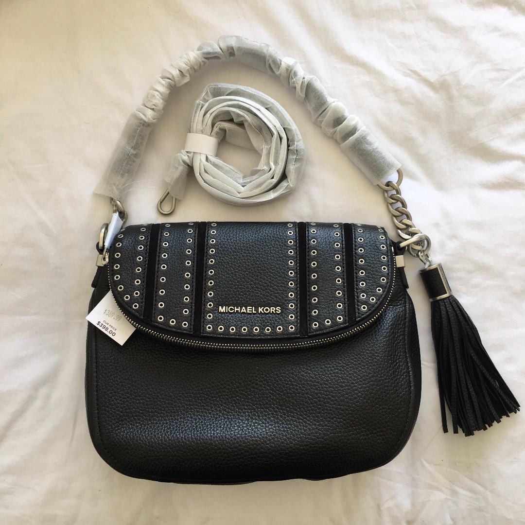 BNWT GENUINE Michael Kors Shoulder + Crossbody Bag with Grommets MEDIUM Tassel BLACK PEPPLE LEATHER
