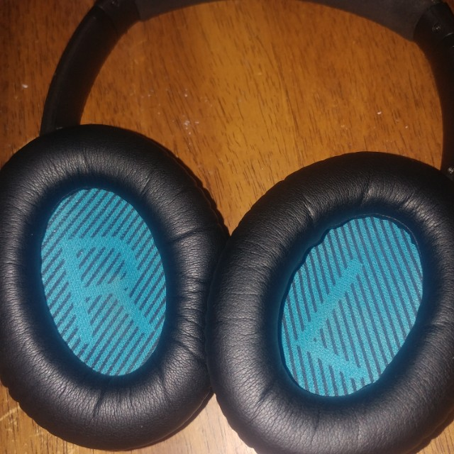 Bose Noise Canceling Headphones QuietComfort QC 25 Amazing Sound