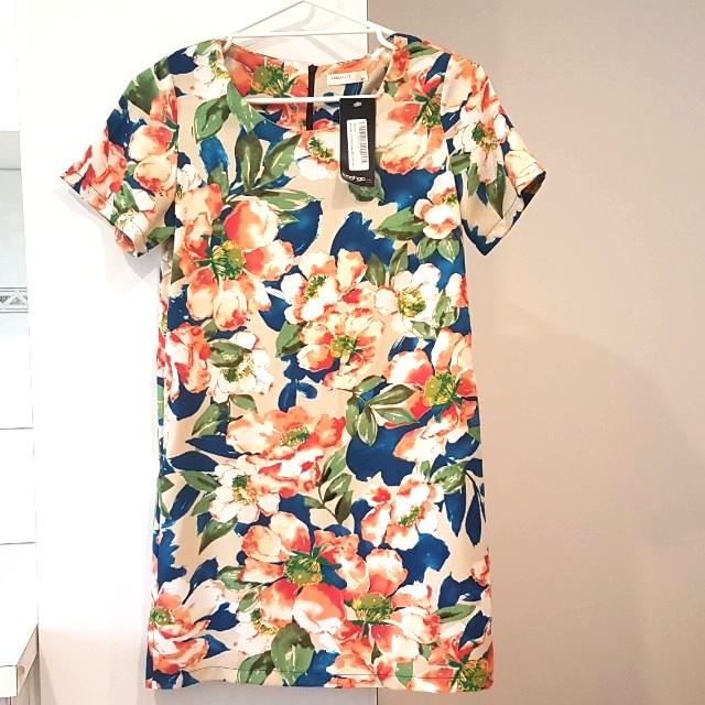 Brand new light floral summer shift dress