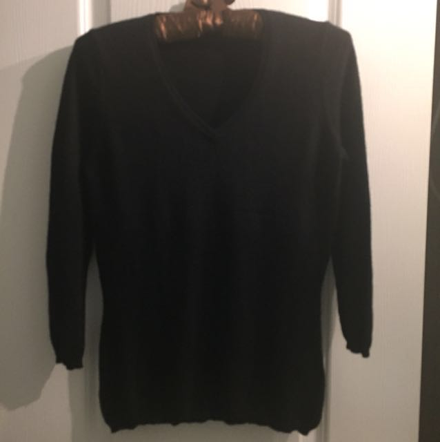 Cashmere Women's V-Neck Cashmere Sweater Size S