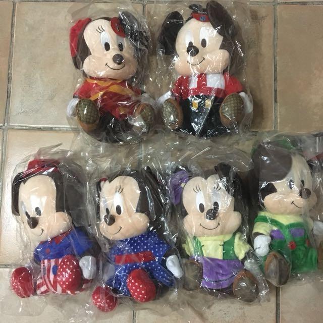 Changi Mickey and Minnie