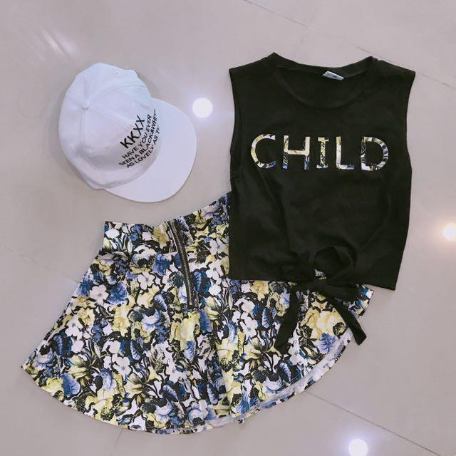 CHILD英文拼接花花無袖上衣+花花傘狀裙