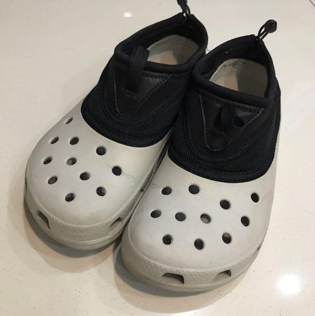 11544bc6bd9 Crocs men Sandal footwear