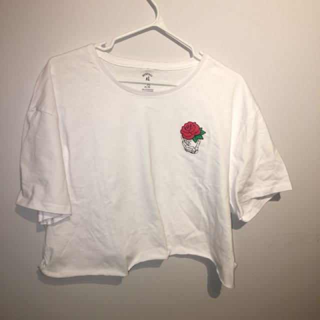 Cropped Brand Rose Top
