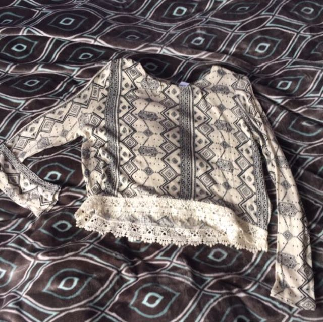 Cropped festival summer top - patterned crop with lace