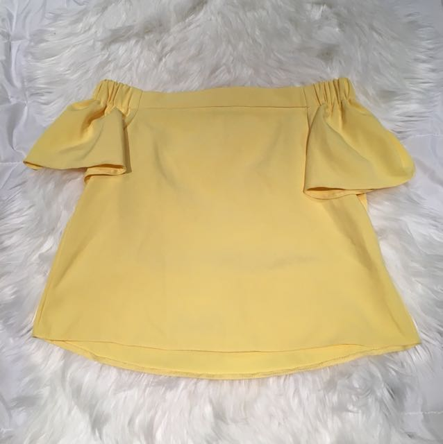 Dotti off the shoulder top