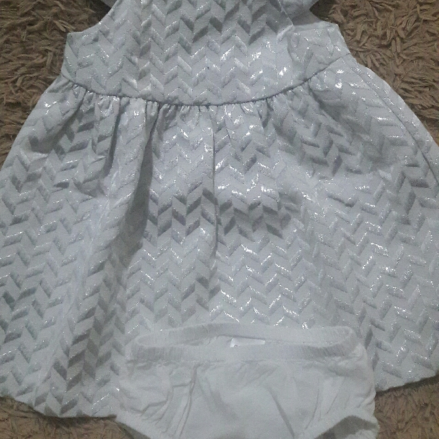 dress gymboree 3-6bulan, dpake pas lebaran aja