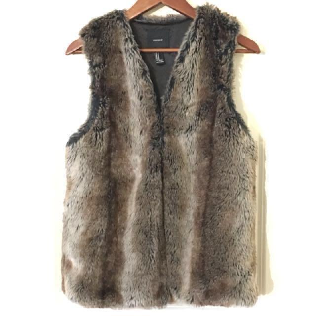 Fur vest - medium