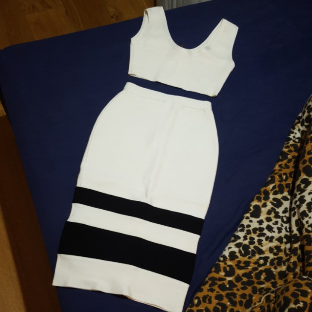 G6 two piece set size S