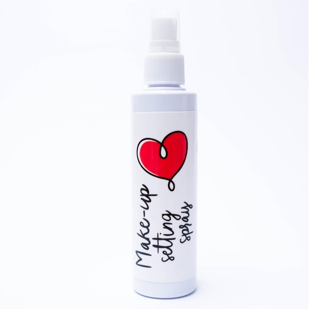 HELLO GORGEOUS! Make-up Setting Spray