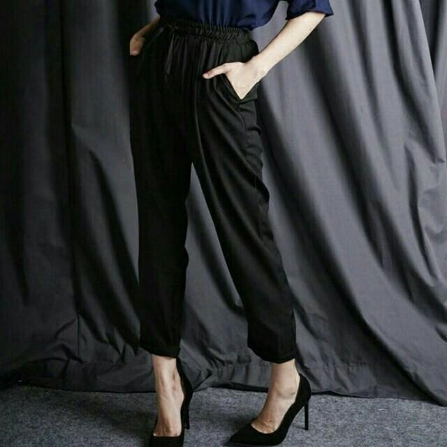 Jessy pants in black