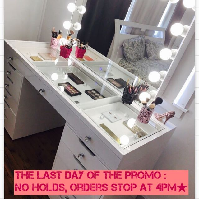 LAST DAY OF PROMOTION - YOUR COMPLIMENTARY MAGNIFYING MIRROR INCLUDED FREE WITH ALL HOLLYWOOD MIRRORS/FURNITURE