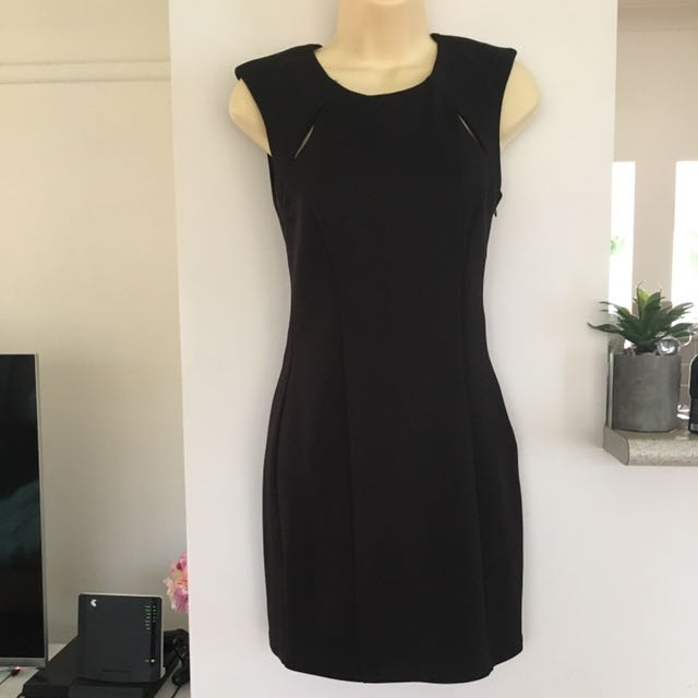Little black dress size small