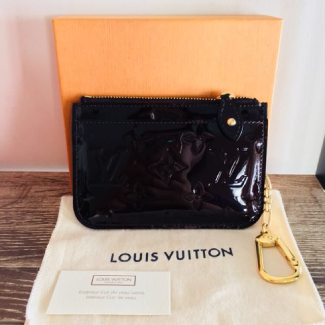 Louis Vuitton Key Pouch Vernis