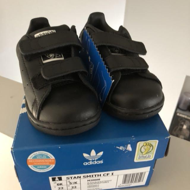 New adidas Stan smith kids triple black 6K