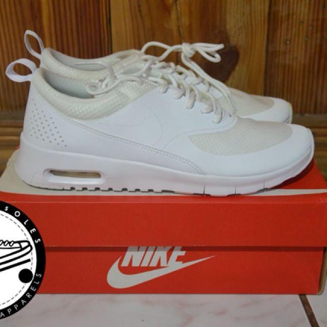 eb3017f92e81 Nike Airmax Thea  Triple White