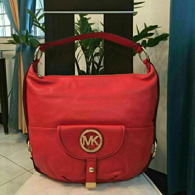 bfa30580e1c7 CLEARANCE SALE! US Bought! Michael Kors Fulton Shoulder Bag, Women's ...