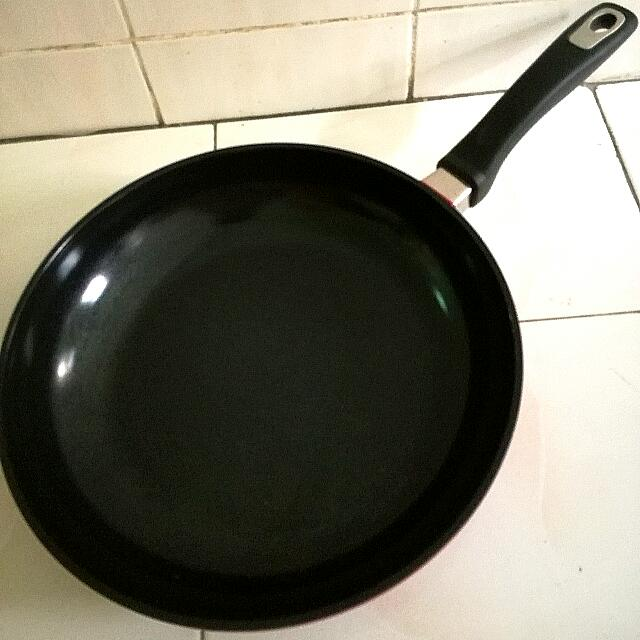 Overseas Frying Pan