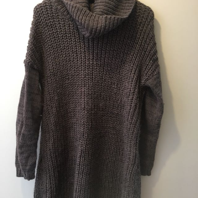 Oversized Woollen jumper (Long)