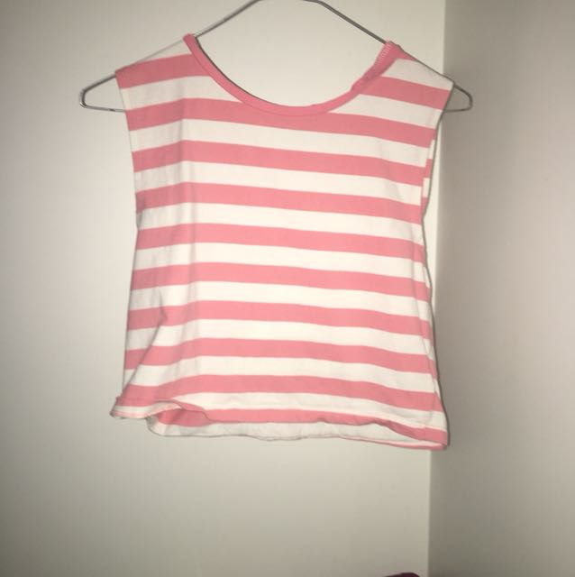 Pink and white sleeveless top
