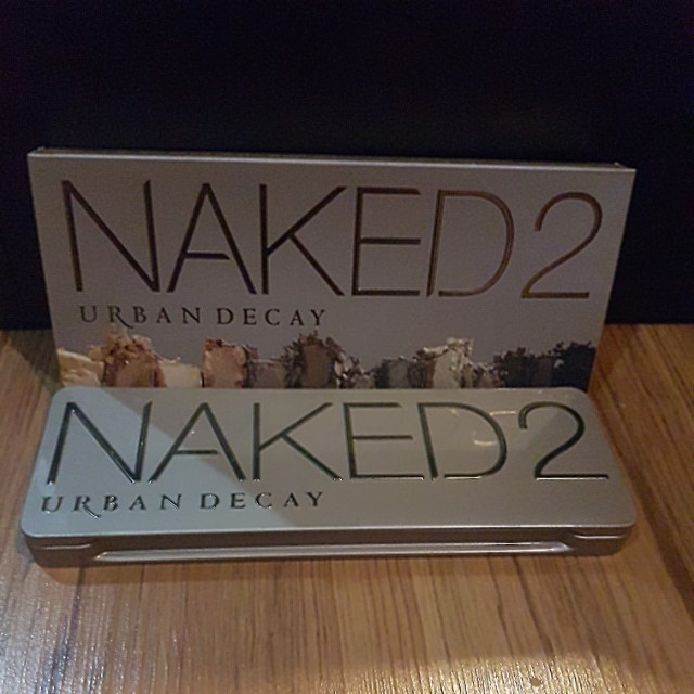 Preloved Urban Decay Naked 2