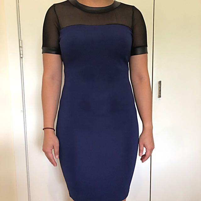 River Island dark blue bodycon dress with short sleeve size 10