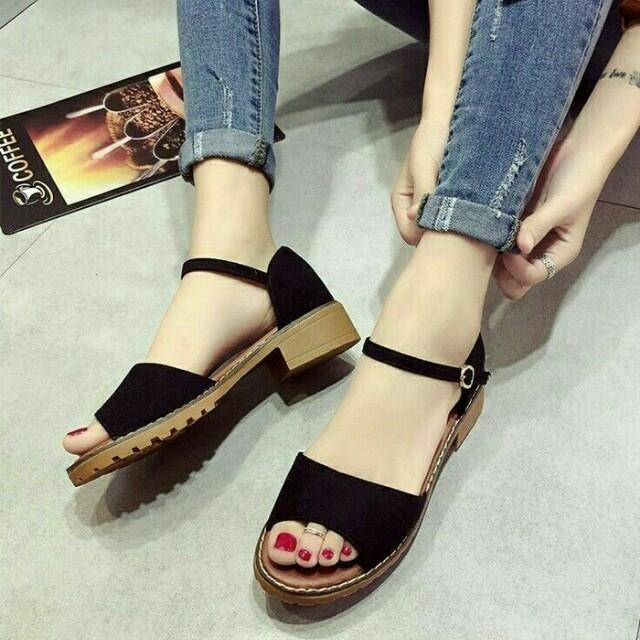 Sepatu sandal wedges flatshoes high heels hitam pantofel baru murah, Olshop Fashion, Olshop Wanita on Carousell