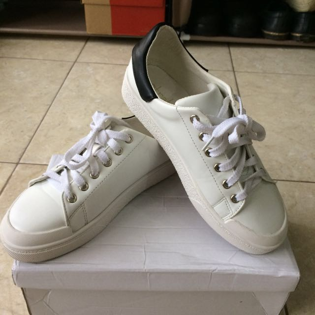 Sneaker Stratto Binoche (Berrybenka Product)