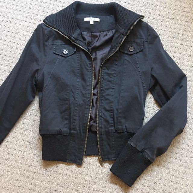 Valleygirl black jacket size 6