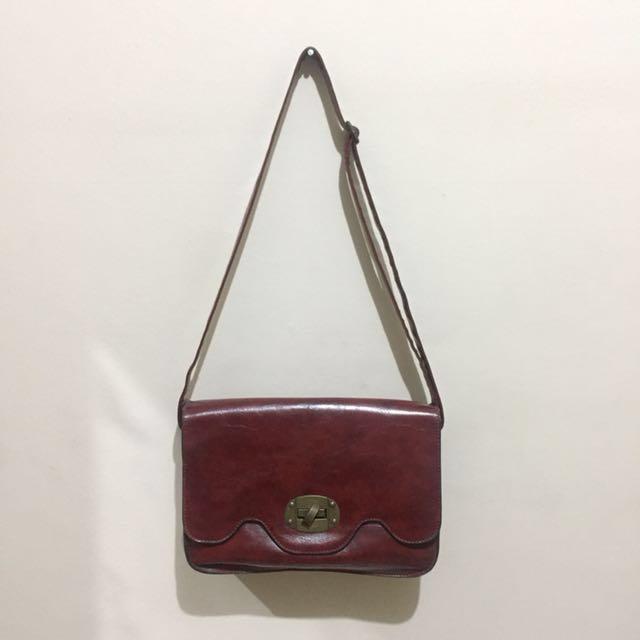 Vintage Leather Maroon Bag