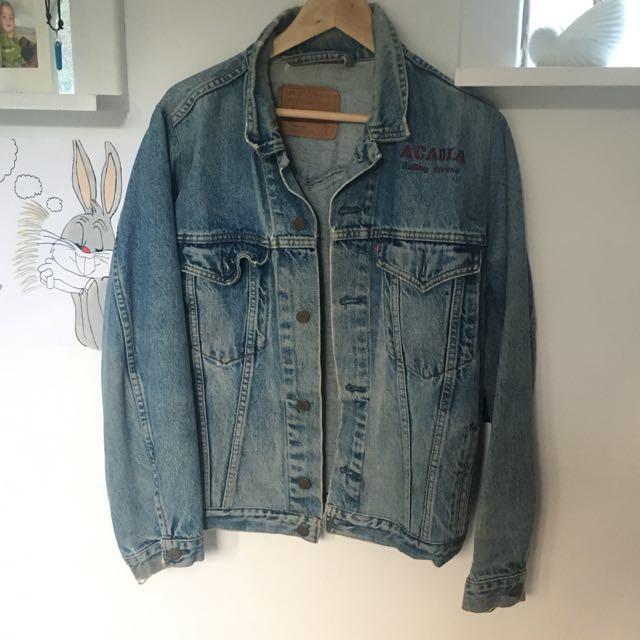 Vintage Levi light wash denim jacket