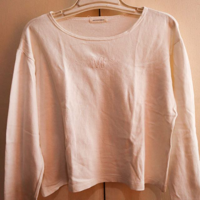 "White Sweater with ""M"" detail"
