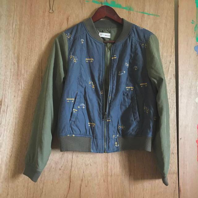 Zaka感可愛汽車刺繡鋪棉拼色軍綠墨藍棒球外套