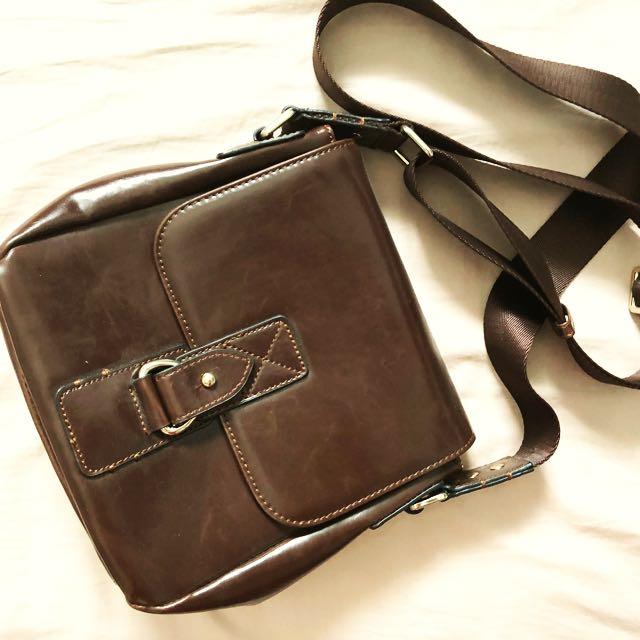 zara men sling bag