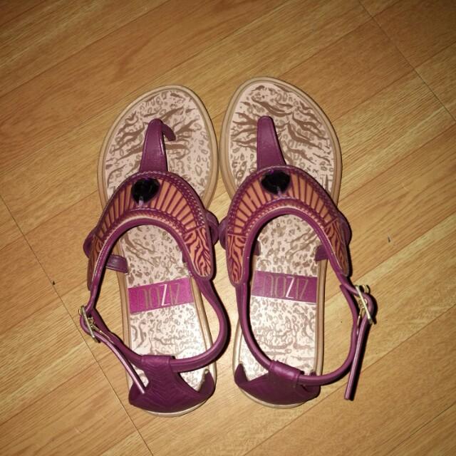 205ba0f3dcf0 Zizou grendene sandals