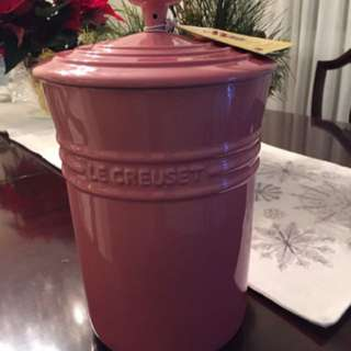Le creuset pink canister