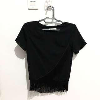 Fringee black top