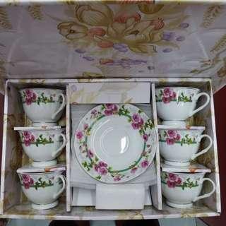 全新特色茶杯連碟(一套6隻)