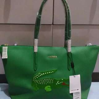 Lacoste green