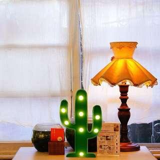 Lampu tidur kaktus