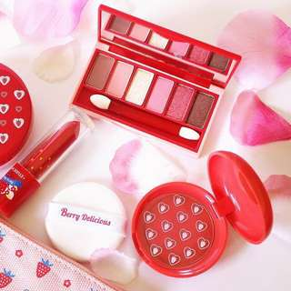 🎄✨INSTOCK! Etude House Limited Edition Fantastic Color Eyes Strawberry Fondue