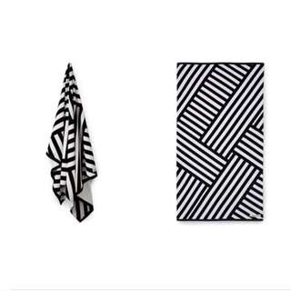 (轉賣)全新OShareGirl 歐美幾何圖騰浴巾大方巾