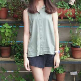 H&M Top in Green Army