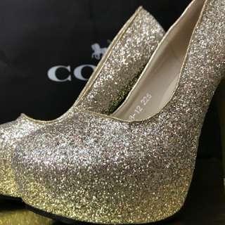 🚚 二手婚鞋 尺寸23