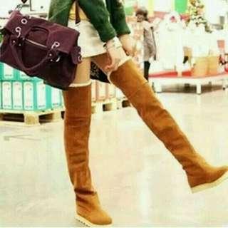 Boots overknee musim dingin
